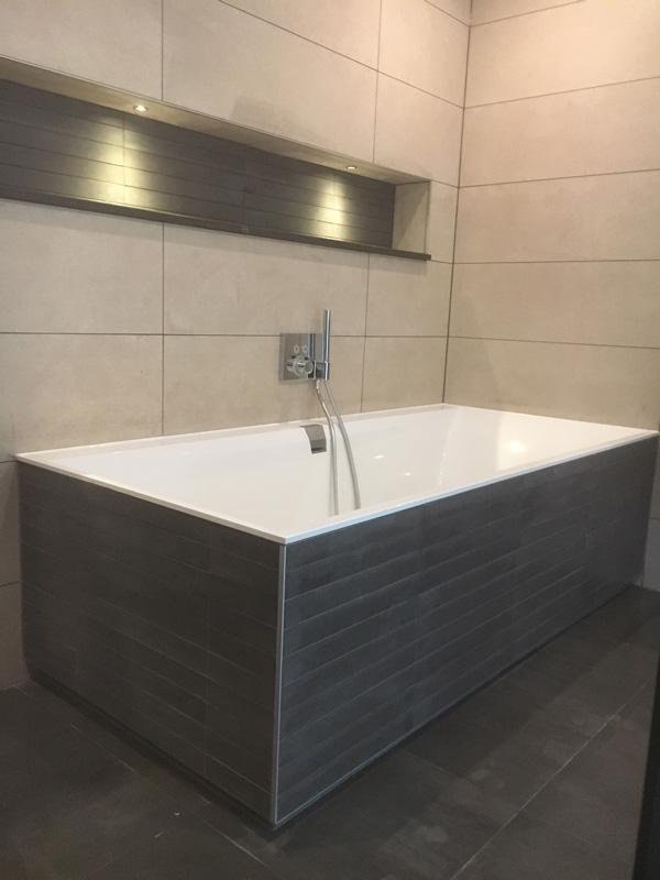 Voorkeur Badkamer, toilet of sanitair laten verbouwen? Bel Bart van Dijk &UX24